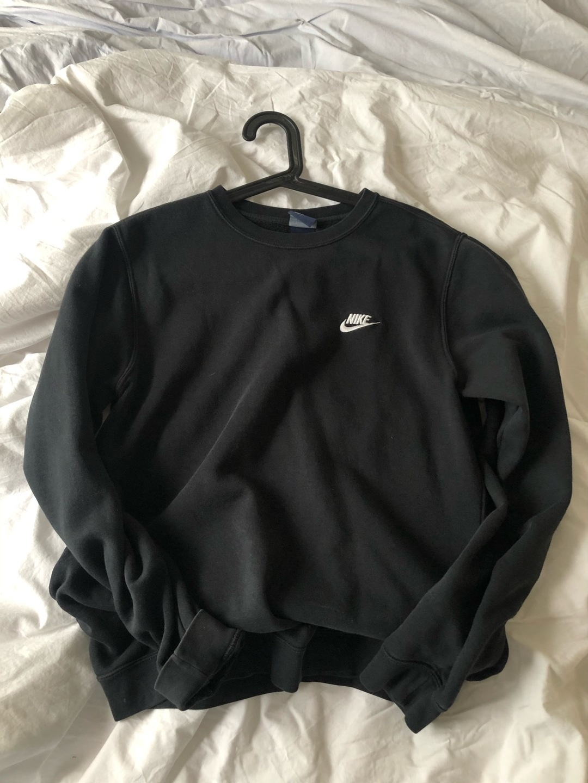 Damen kapuzenpullover & sweatshirts - NIKE photo 1