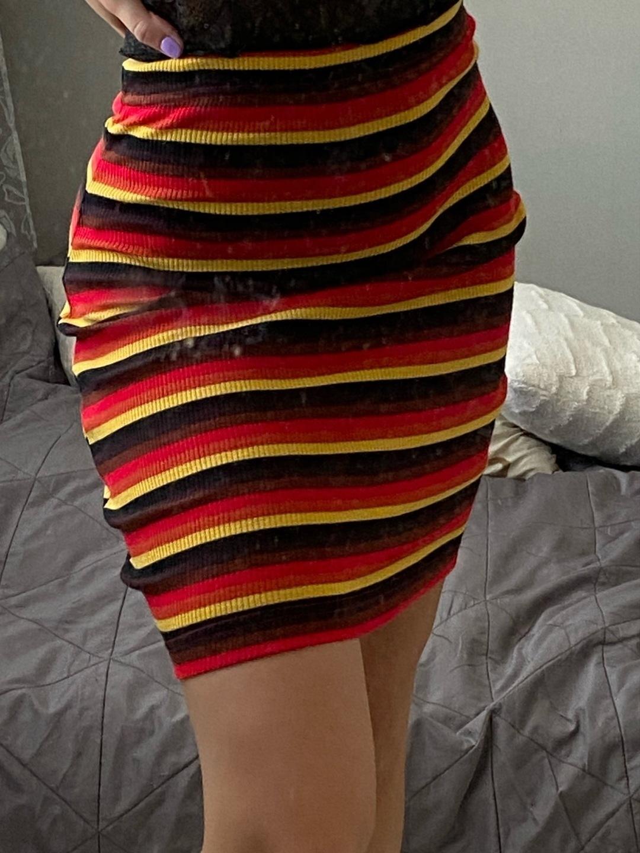 Women's skirts - - photo 1