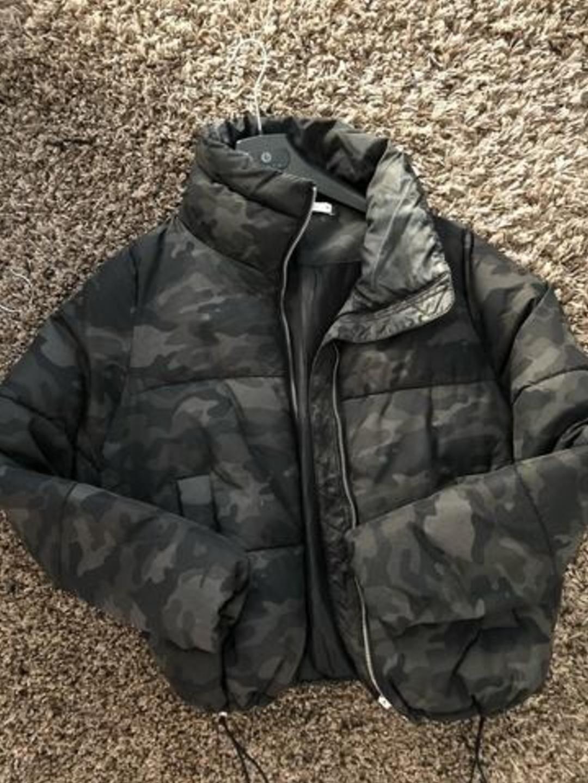 Women's coats & jackets - GINA TRICOT photo 1