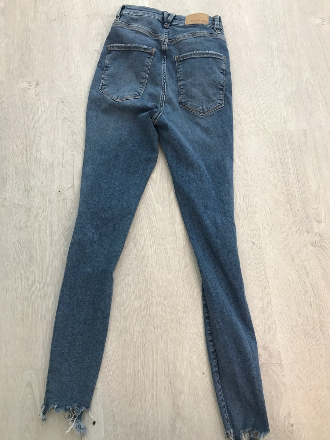 Women's trousers & jeans - GINA TRICOT photo 2
