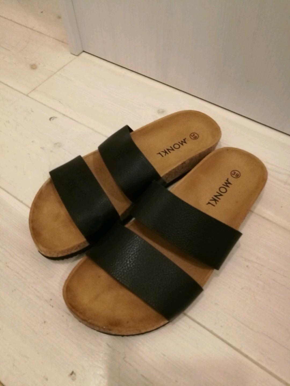 Damen sandalen & slipper - MONKI photo 1