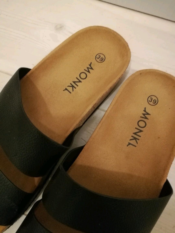 Damen sandalen & slipper - MONKI photo 2