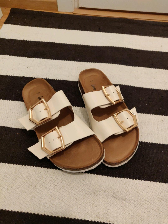 Damen sandalen & slipper - NEW LOOK photo 1