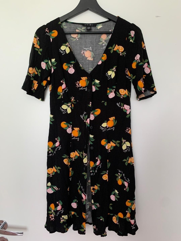 Women's dresses - AMISU photo 1