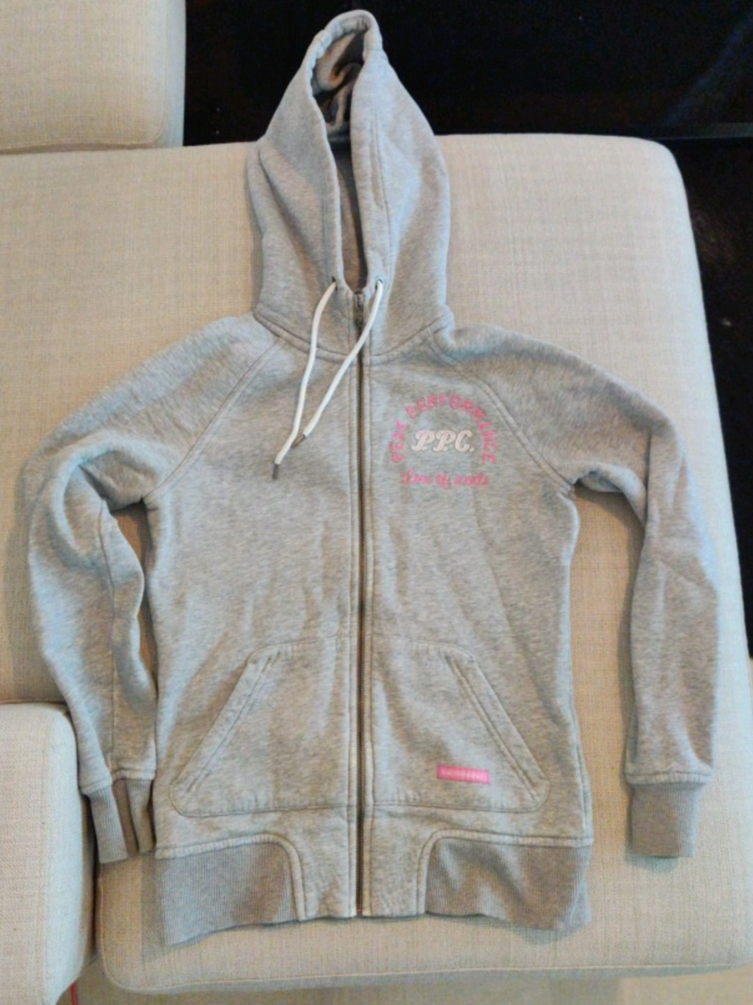 Women's hoodies & sweatshirts - PEAK PERFORMANCE photo 1