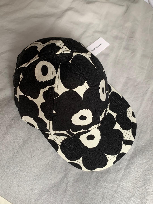 Women's hats & caps - MARIMEKKO photo 1