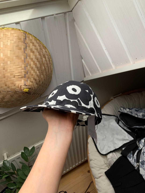 Women's hats & caps - MARIMEKKO photo 4