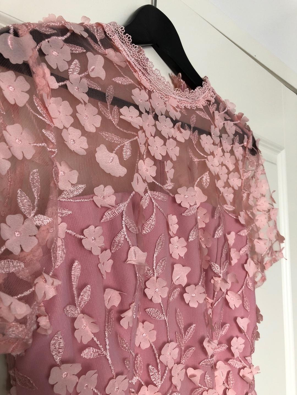 Women's dresses - CHI CHI LONDON photo 4