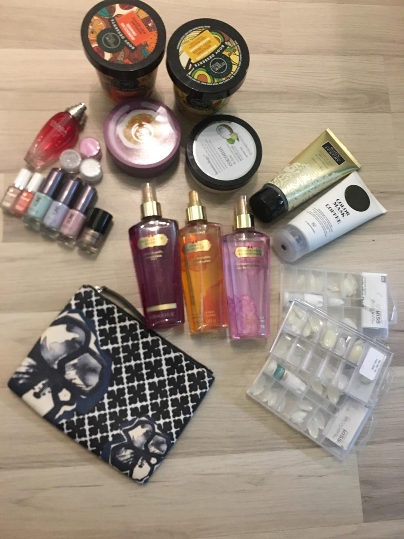 Women's cosmetics & beauty - PALJONKAIKKEA photo 1