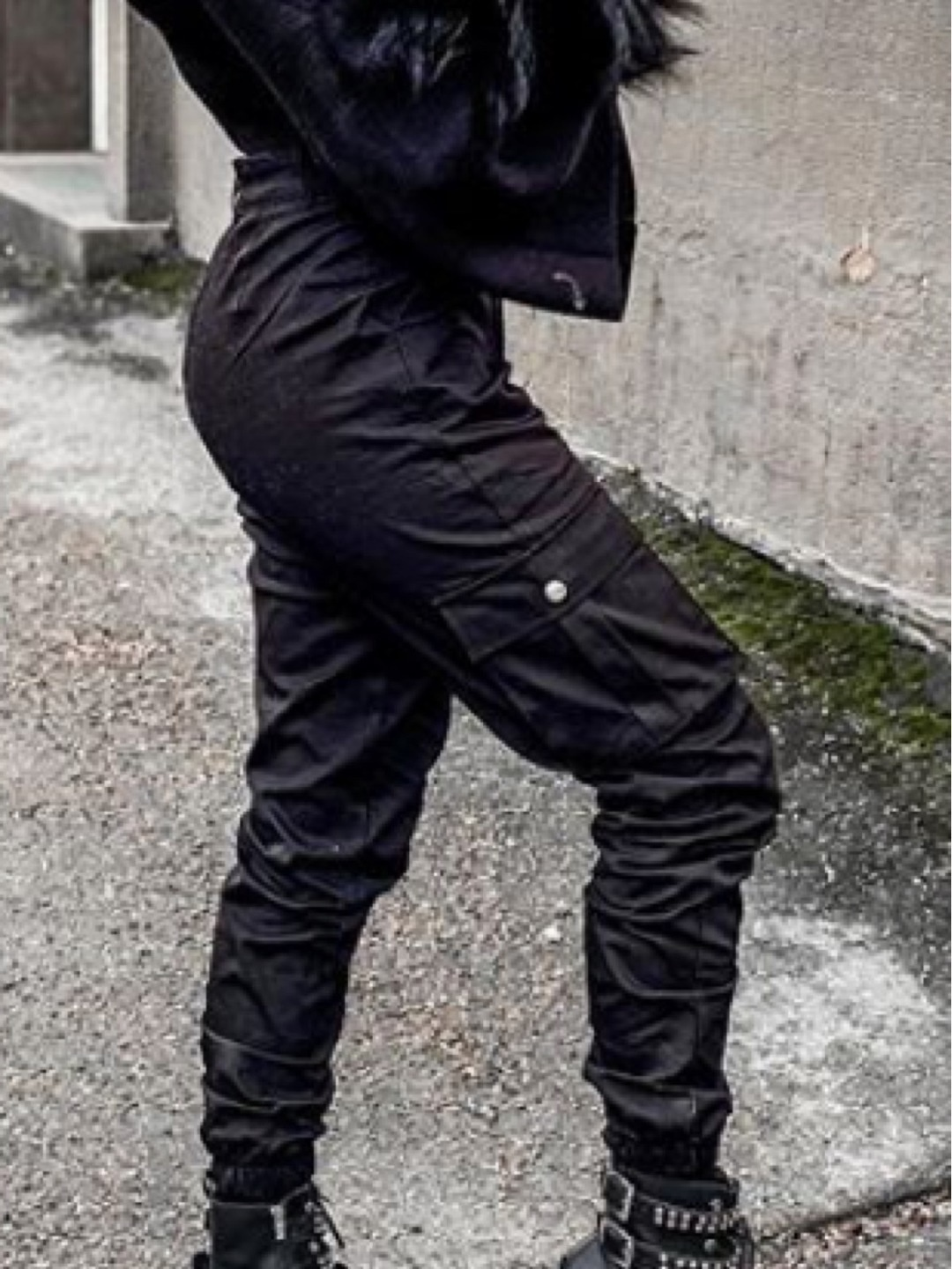 Women's trousers & jeans - MADLADY photo 1