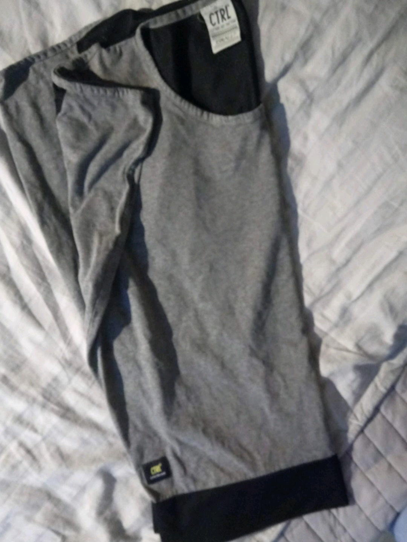 Women's tops & t-shirts - CTRL photo 2
