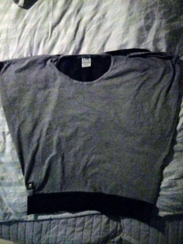 Women's tops & t-shirts - CTRL photo 4