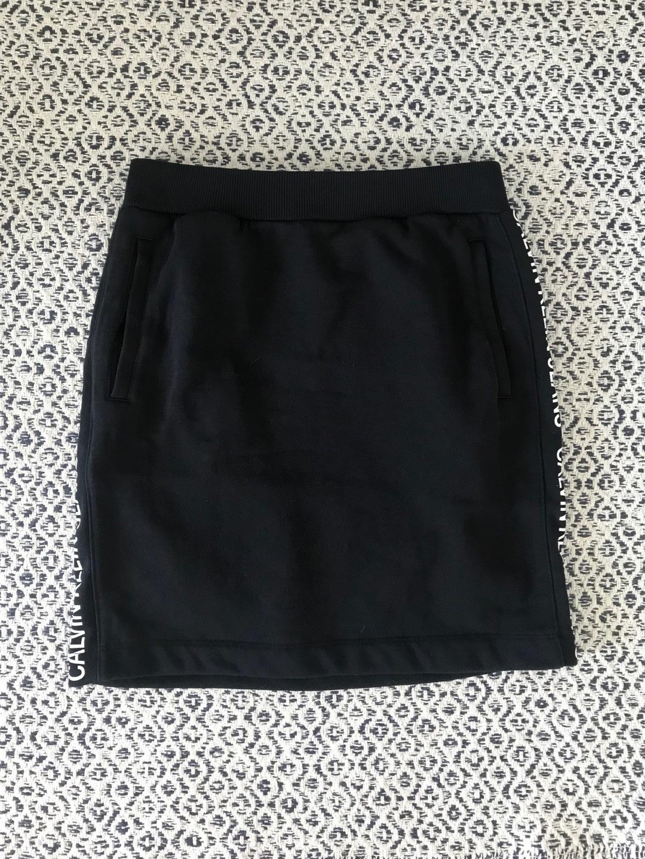 Women's skirts - CALVIN KLEIN photo 1