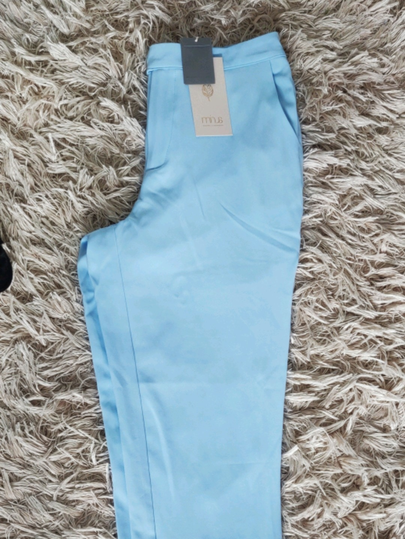 Women's trousers & jeans - MINUS photo 3