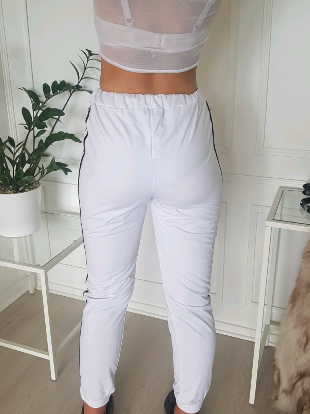 Women's trousers & jeans - PRETTYLITTLETHING photo 3