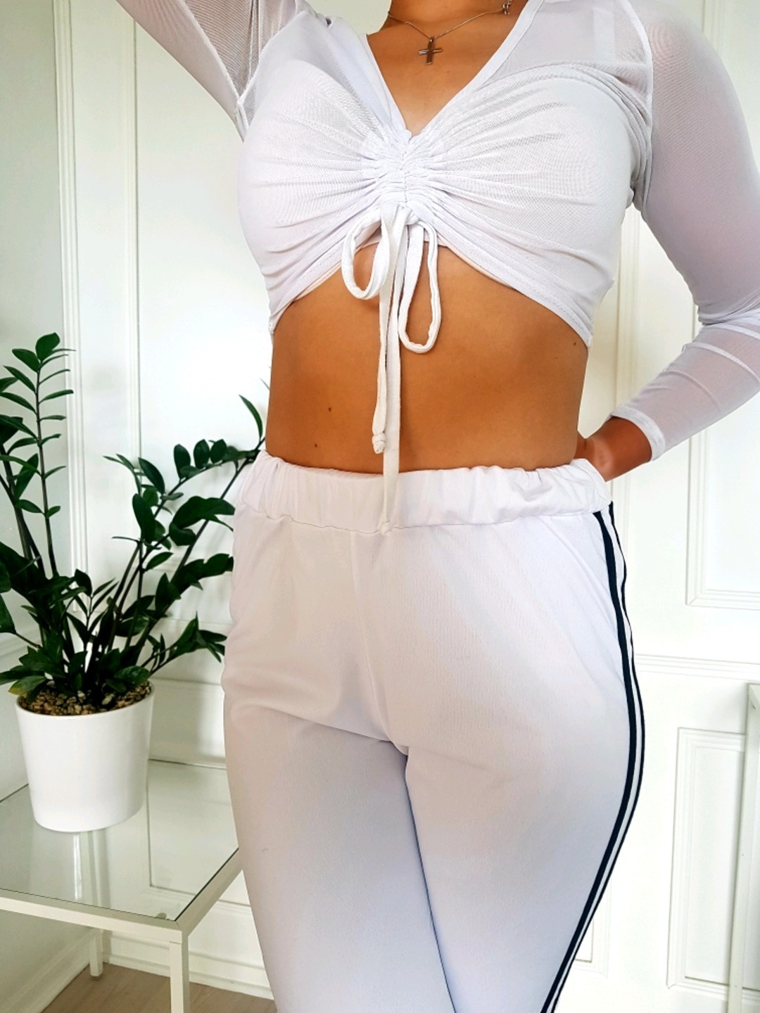 Women's trousers & jeans - PRETTYLITTLETHING photo 1