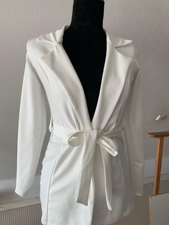 Women's blazers & suits - BOOHOO photo 1