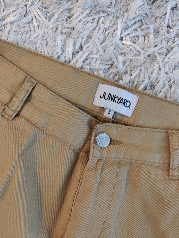 Women's trousers & jeans - JUNKYARD. photo 3