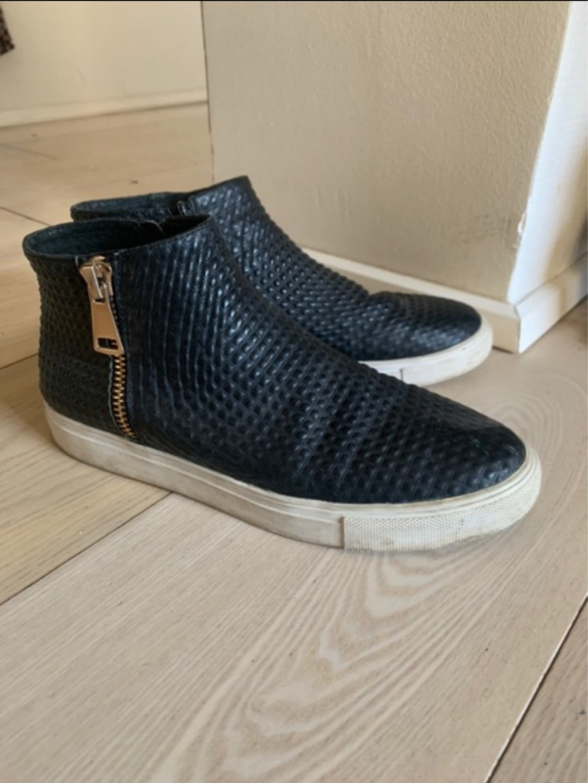 Women's boots - STYLESNOB photo 2