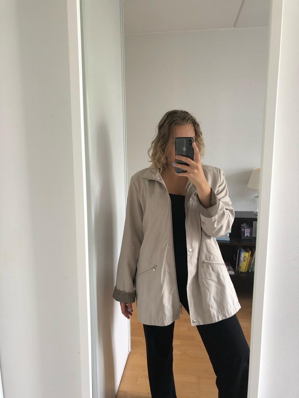 Women's coats & jackets - EI TIETOA,MUTTA TEHTY SUOMESSA photo 2