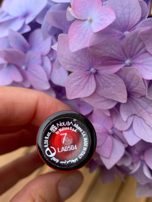 Damers makeup og skønhed - NOUBA photo 2
