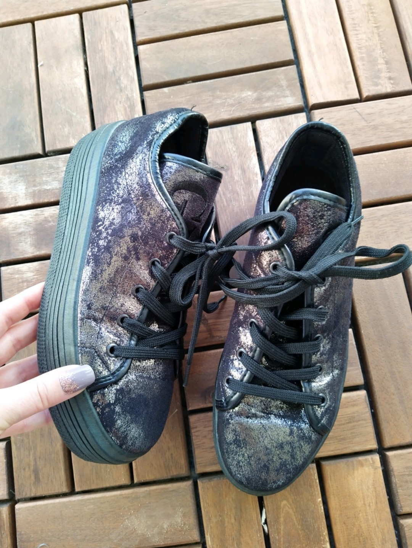 Women's sneakers - GUESS photo 3