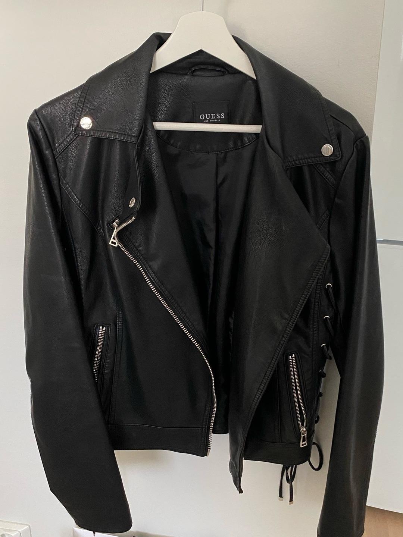 Women's coats & jackets - GUESS photo 1