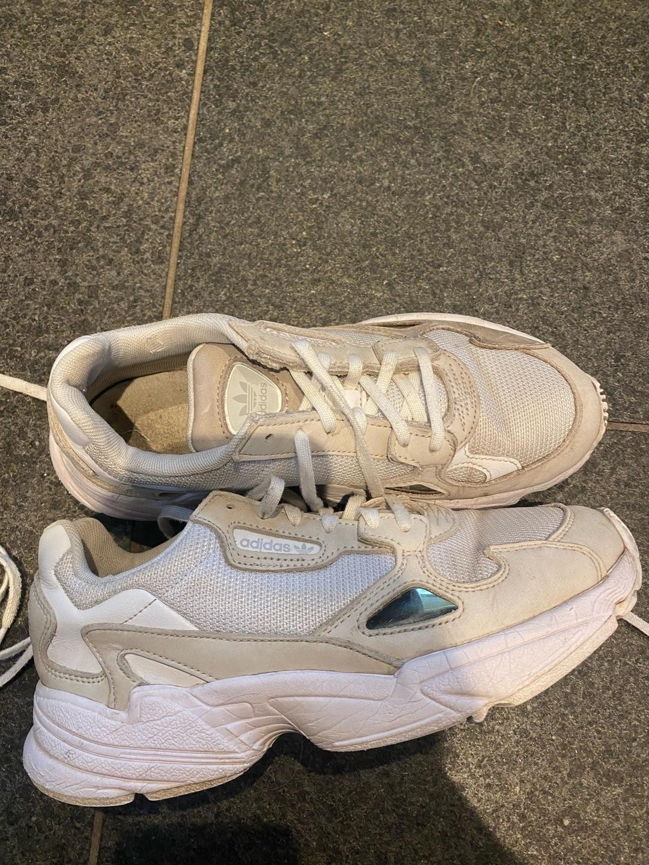 Women's sneakers - ADIDAS photo 1