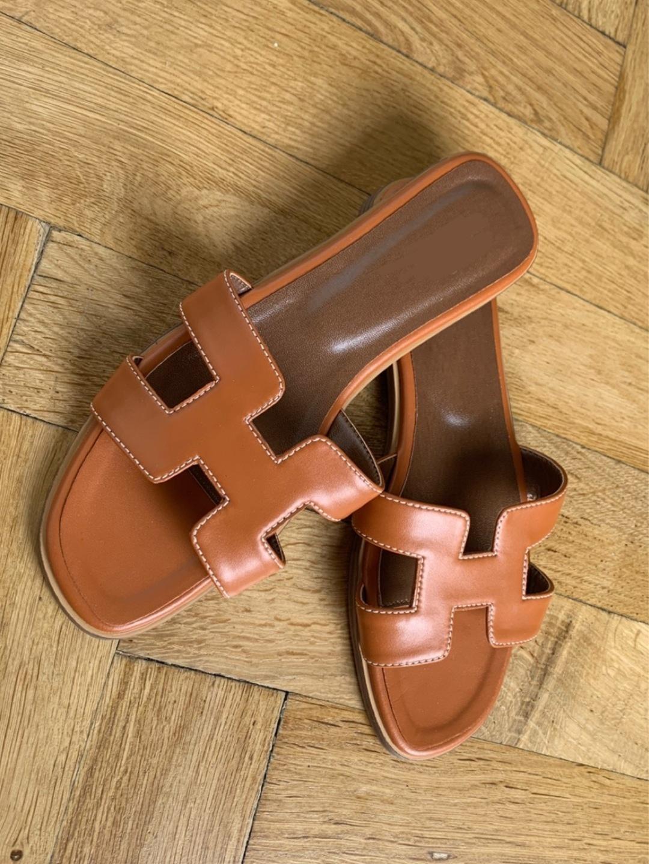 Women's sandals & slippers - ZARA photo 1