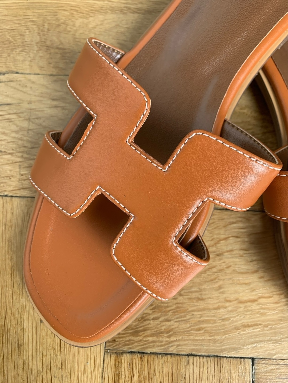 Women's sandals & slippers - ZARA photo 2