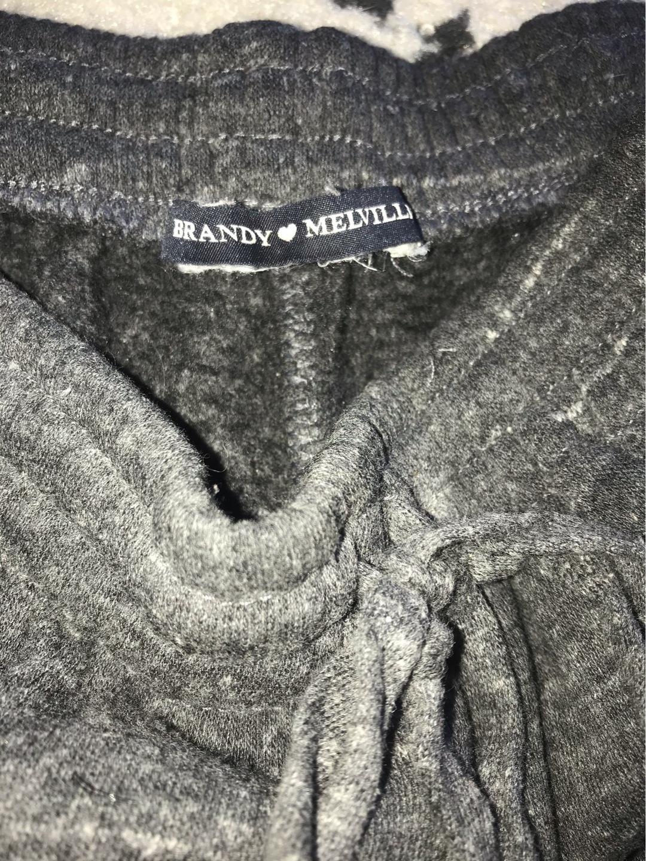 Women's trousers & jeans - BRANDY MELVILLE photo 2