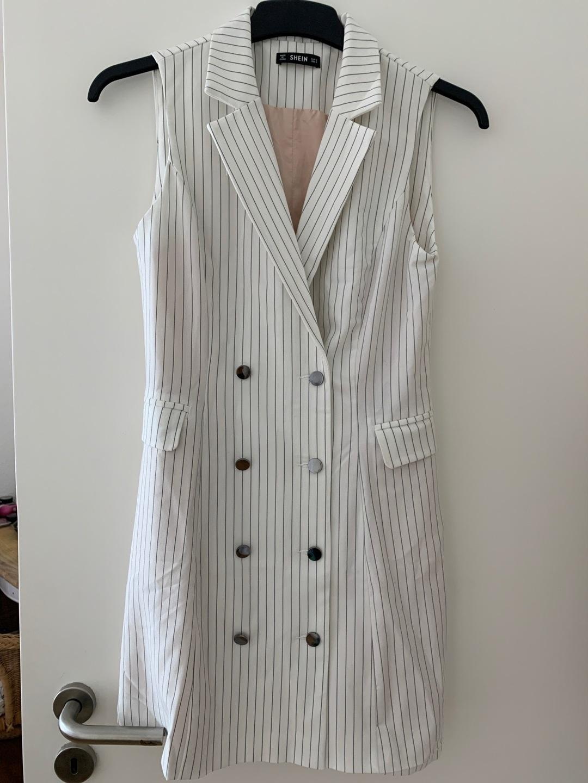 Women's dresses - SHE INSIDE photo 1