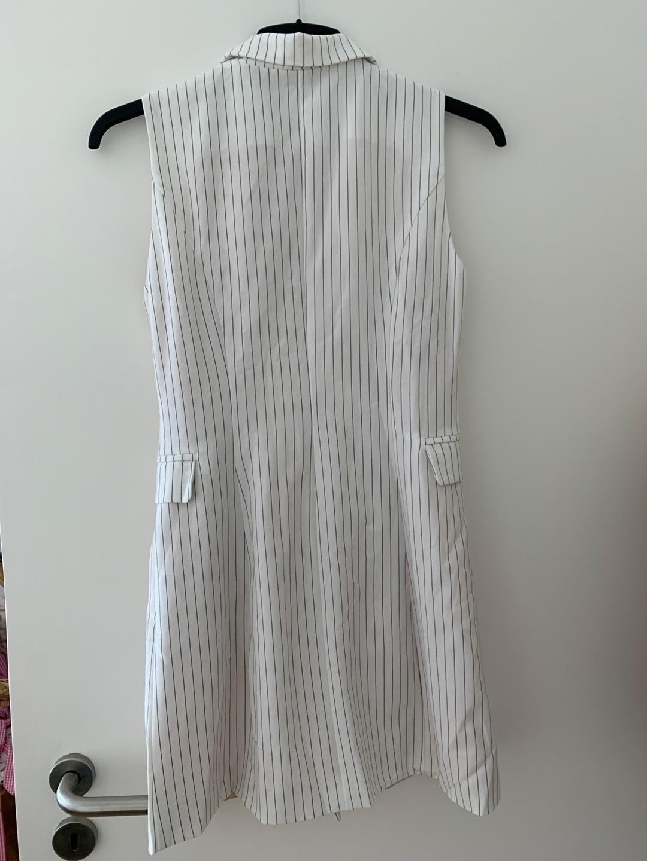 Women's dresses - SHE INSIDE photo 2