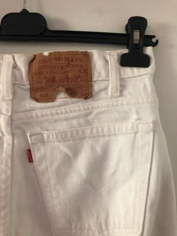 Women's trousers & jeans - LEVIS' photo 4