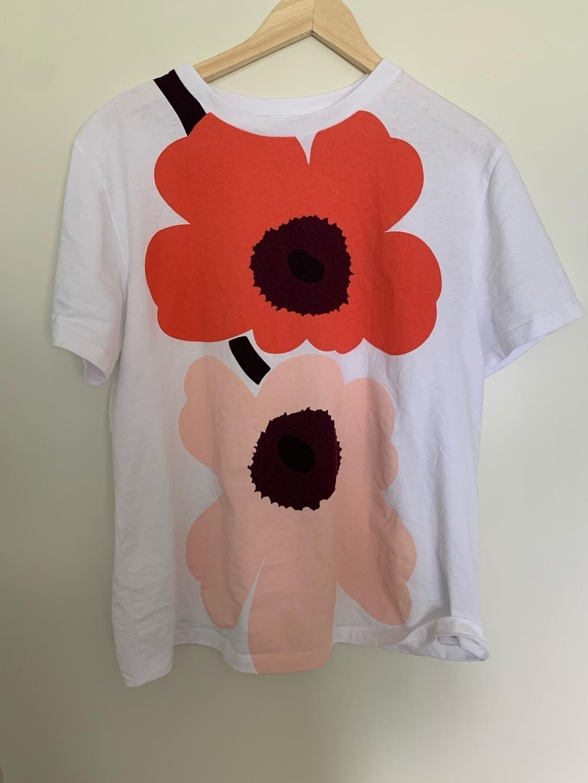 Women's tops & t-shirts - MARIMEKKO photo 1