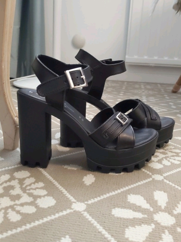 Damers stiletter & høje hæle - EDY MATTEI photo 2