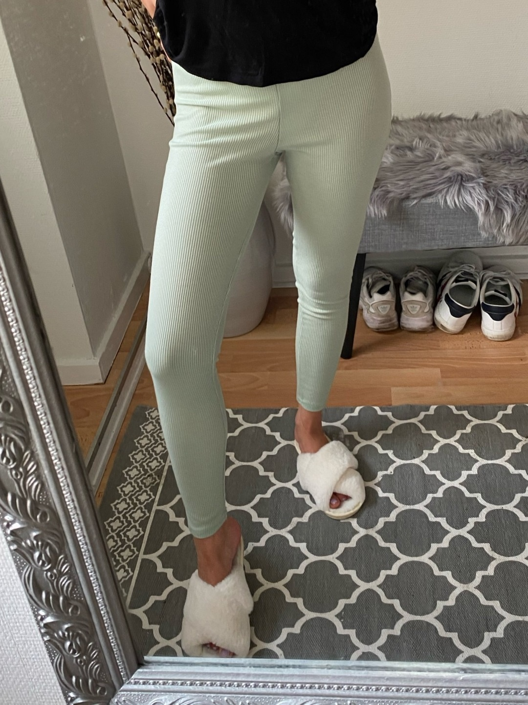 Women's trousers & jeans - BOOHOO photo 1