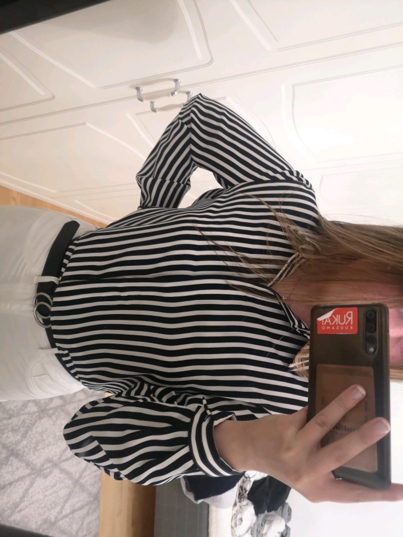 Women's blouses & shirts - H&M photo 2