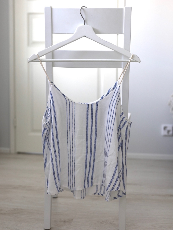 Women's tops & t-shirts - URBAN ROMANTICS photo 1