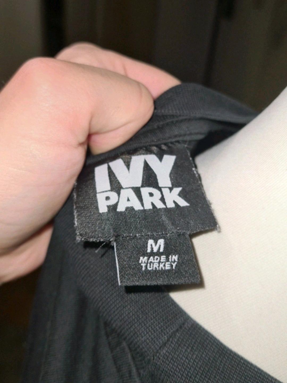 Women's tops & t-shirts - IVYPARK photo 3