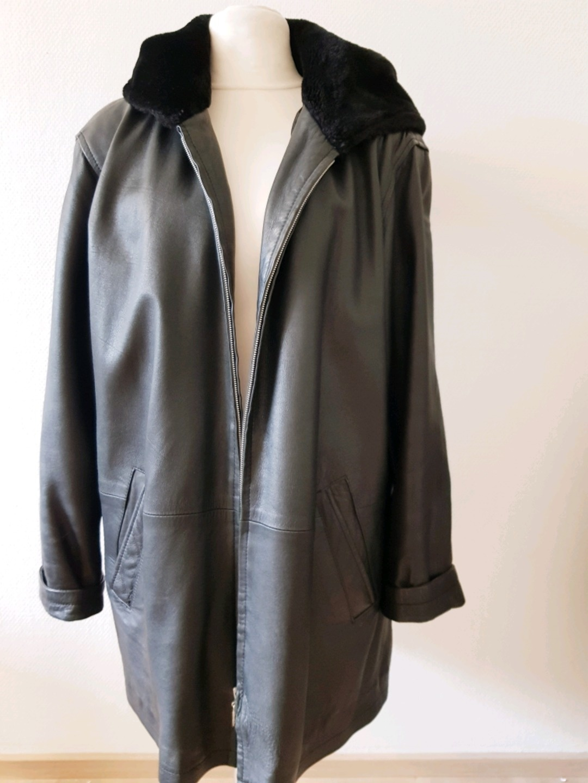 Women's coats & jackets - JOY photo 1