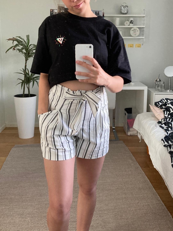 Damers shorts - ZARA photo 2