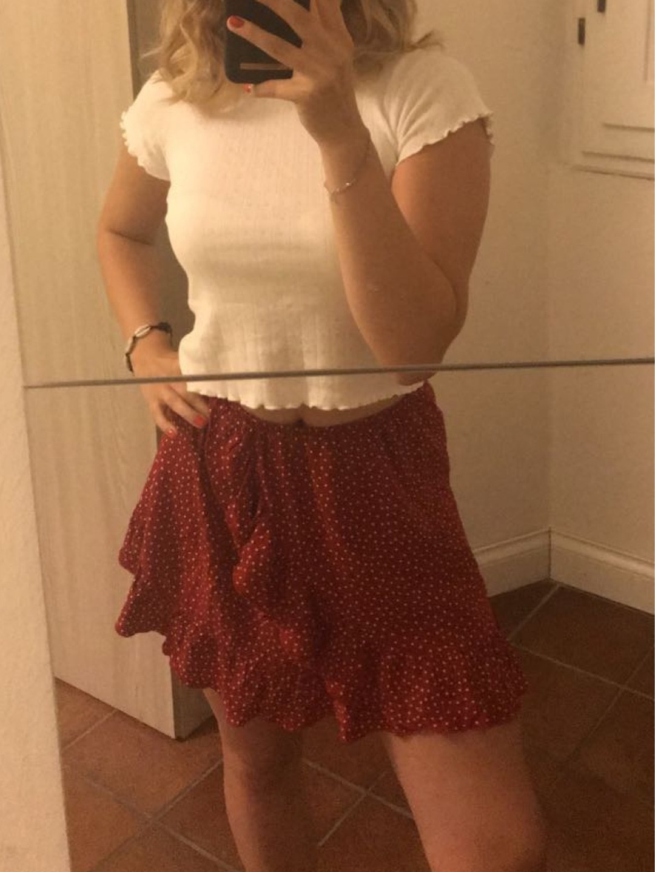 Women's skirts - BRANDY MELVILLE photo 1