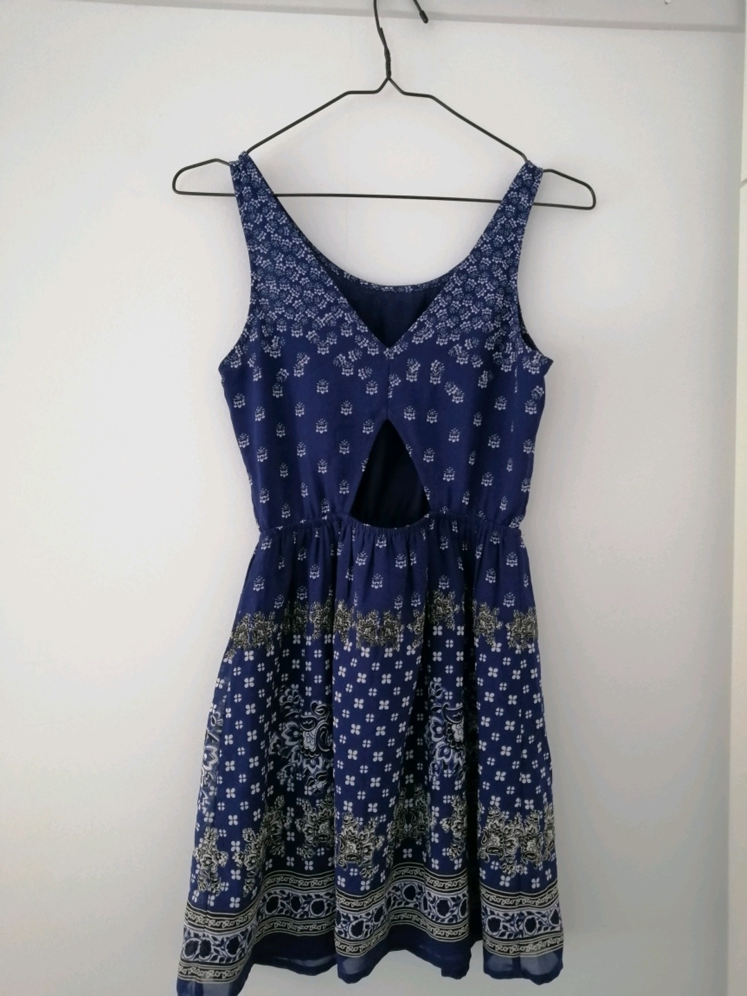 Women's dresses - H&M photo 2