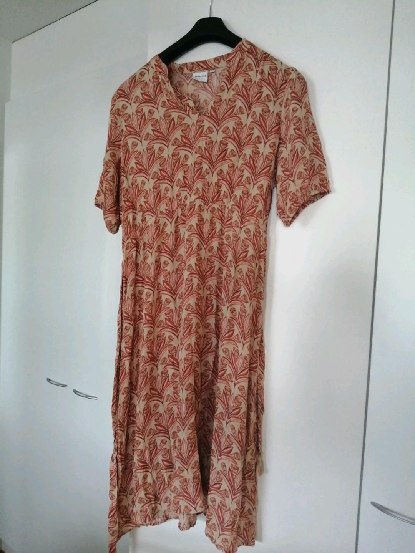 Women's dresses - JUNAROSE photo 2