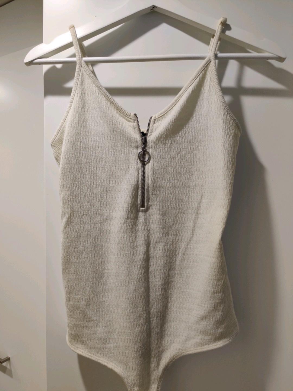 Naiset topit & t-paidat - VERO MODA photo 1