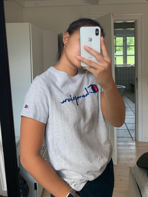 Women's tops & t-shirts - CHAMPION photo 4