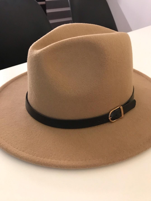 Women's hats & caps - ASOS photo 1