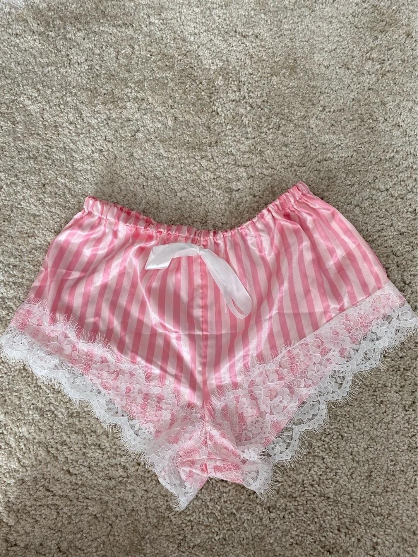 Women's shorts - SHEIN photo 1
