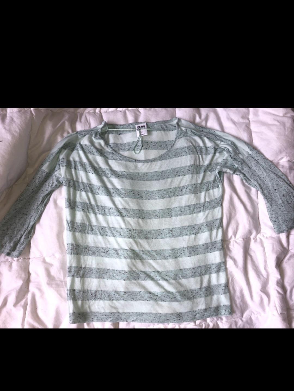 Naiset topit & t-paidat - VERO MODA photo 2